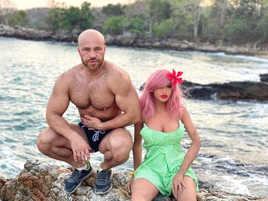 """Bodybuilder Who Fell In Love With a Doll Marries Her 